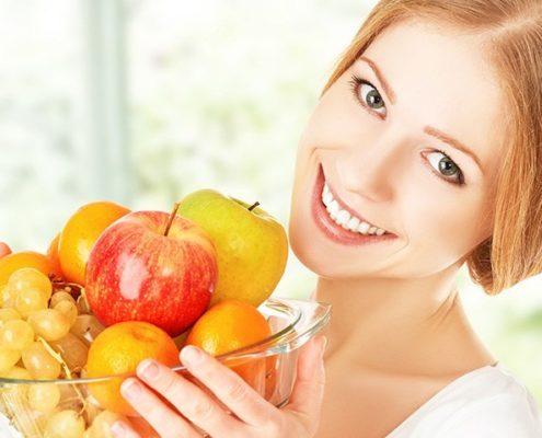 10 cibi per non invecchiare,alimenti anti-age,alimenti che fanno venire le rughe,cibi anti invecchiamento della pelle,cibi che ringiovaniscono la pelle,dieta anti age settimanale,dieta antiaging menù,i 14 cibi che aiutano a restare giovani
